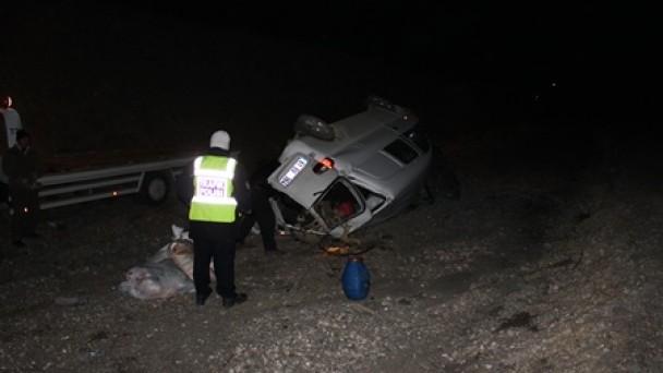 D-100'de gece yarısı gelen kaza 1 cana maloldu