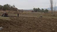 Tosyalı çiftçiler,tarım arazilerinde kış hazırlıklarına