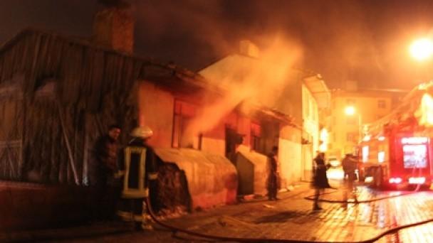 Tosya'da 24 saatte iki yangın