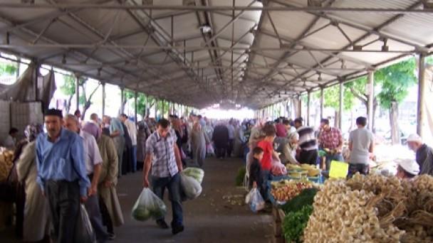 Ramazan Öncesi Çarşı-Pazar Hareketlendi