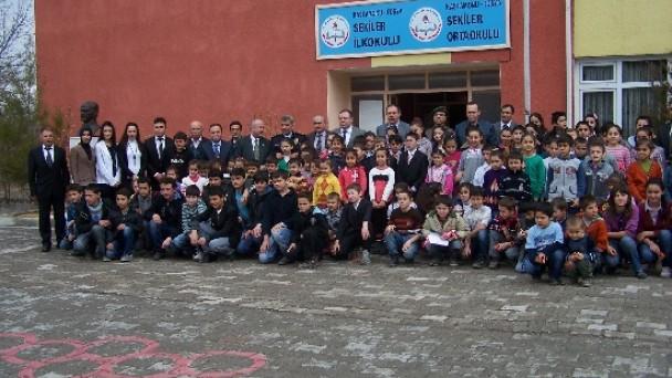 Kaymakam Türköz Sekiler'de Karne Törenine Katıldı
