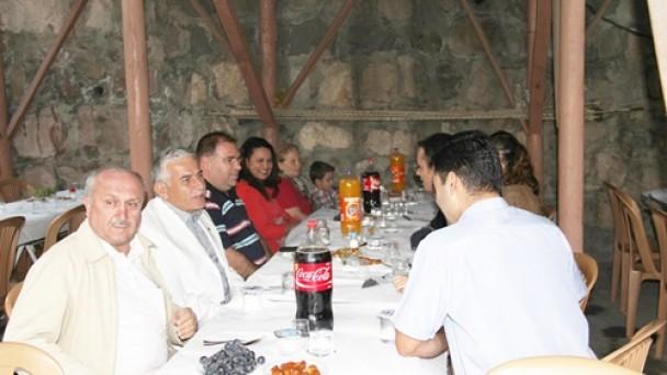 Türköz ve Morkoç'tan İftar Yemeği!