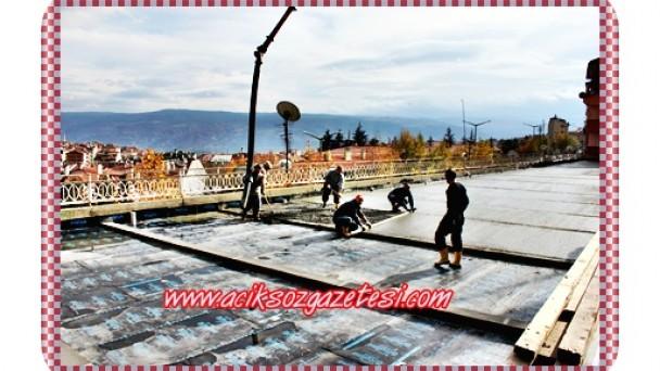 Belediye Bloklarına Çatı İzolasyonu Yapıldı