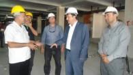 Hastane inşaatını gezdi