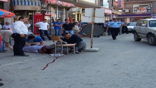 Tosya'da Silahlı Kavga;1 Yaralı
