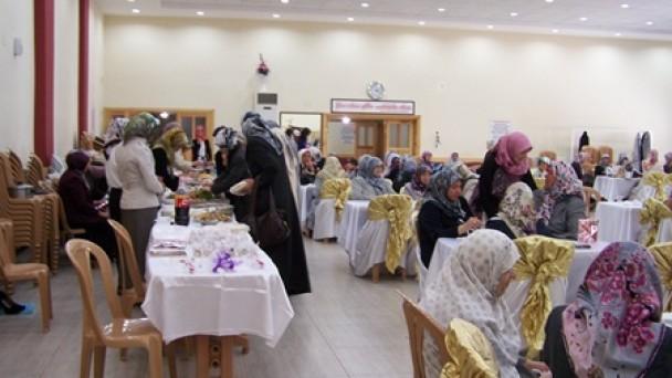 MHP Kadın Kolları Kermes Düzenledi