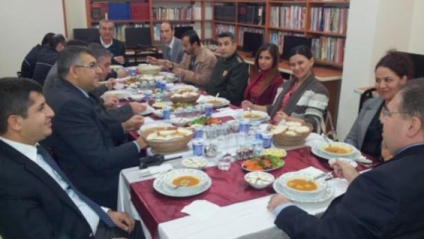 Protokol Üyeleri Yemekte Bir Araya Geldi