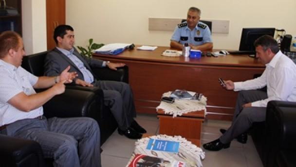 AK Parti, Emniyet Müdürü Uslu'yu ziyaret etti