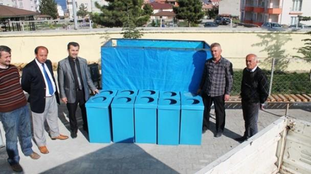 Atık Kâğıt Kutuları Teslim Alındı
