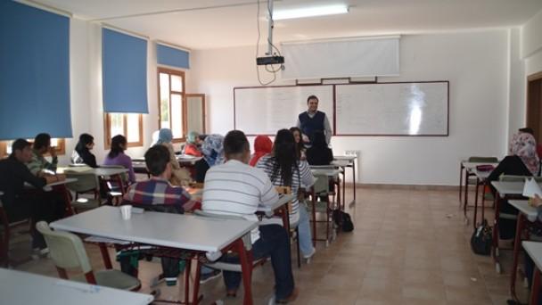 Tosya MYO'da Dersler Hafta Sonuda Devam Ediyor