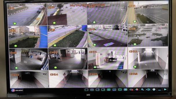 Güvenlik Kamerası Takıldı