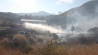 Tosya'da ürküten yangın büyümeden söndürüldü