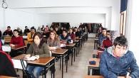 Okullar tatil! Ama bu öğrenciler sınavda ter döktü