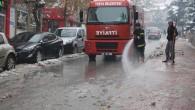 Caddelerin Temizliğine Başladı