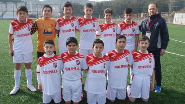 Tosyaspor'un U15 Takımı Fark Attı 7-1