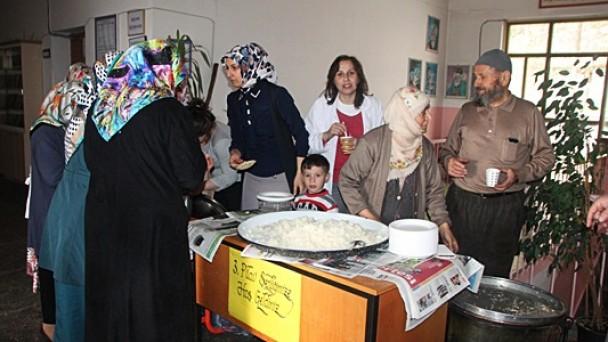 Atatürk İlkokulu'nda Pilav Şenliği
