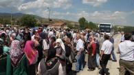 Kazanın Ardından Köylüler Yolu Kapattı