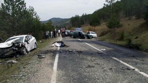 Muhtar Mehmet Şen, Trafik Kazasında Hayatını Kaybetti