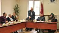 Meclis Toplantısında Doğum Günü Pastası Kesti
