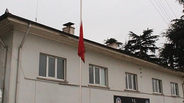 Tosya'da Bayraklar Yarıya İndi