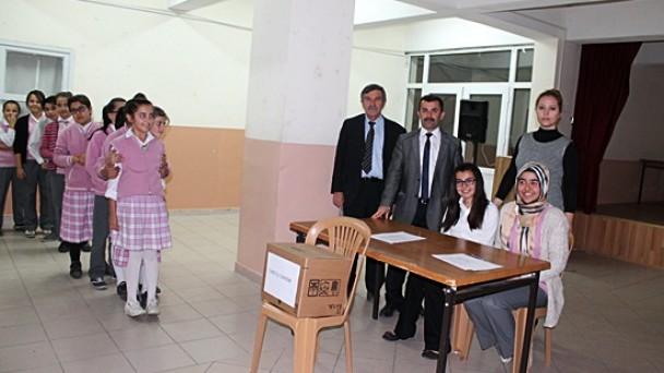 Öğrenci Meclis Başkanlarını Seçti