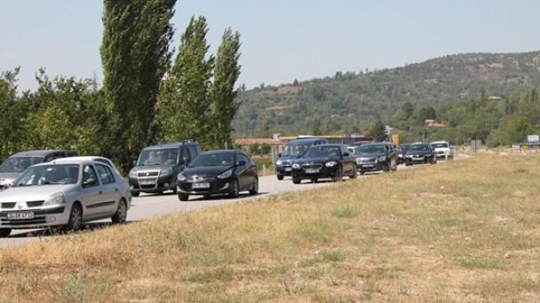 D-100 Karayolu'nda Trafik Yoğunluğu Başladı
