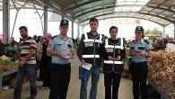 Polis Pazar Yerinde Vatandaşı Bilgilendirdi