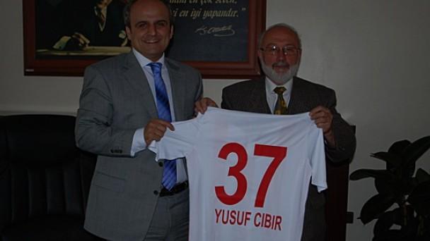 Tosya Spor Yönetimi Kaymakam CIBIR'ı Ziyaret Etti