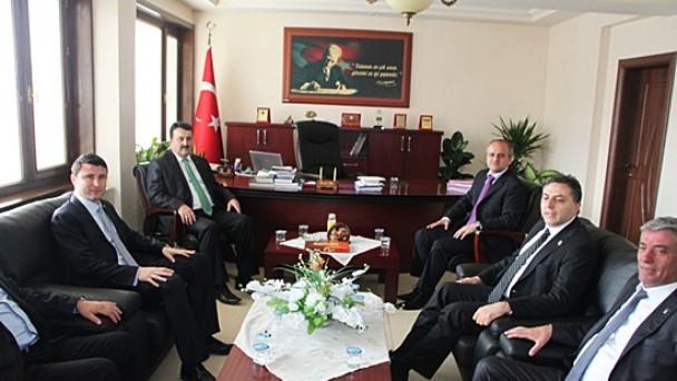 Zafer Nalbantoğlu Çalışmalarına Tosya'da Devam Etti