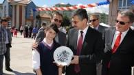 Vali Bektaş Okulların Kültür ve Bilim Şenliklerine Katıldı