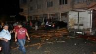 Tosya'da Şiddetli Yağmur ve rüzgâr evlerin çatısını uçurdu