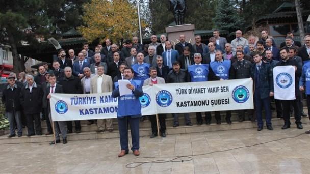 Türk Diyanet Vakıf-Sen Basın Açıklaması Yaptı