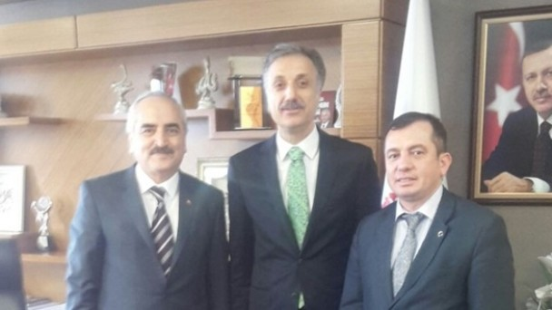 Ankara'da Bir Dizi Ziyaretlerde Bulundu