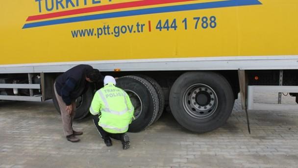 Trafik Ekipleri Kış Lastiği Denetimlerini Artırdı