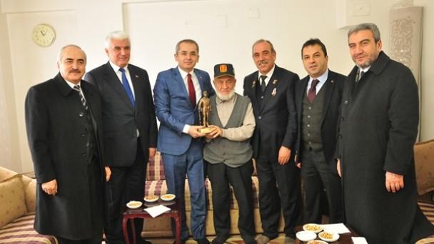 Tosya Protokolü Kore Gazisini ziyaret etti