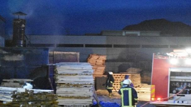 Tosya'da fabrikada yangın