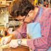 UNESCO ödüllü babasının bıraktığı mesleği devam ettiriyor