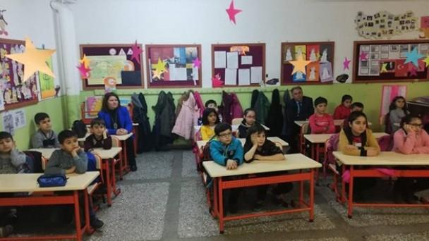Atatürk İlkokulu'nda Velilere Sağlıklı Yaşam Semineri