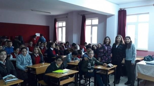Atatürk Ortaokulu öğrencilerine Eczacılık mesleği anlatıldı