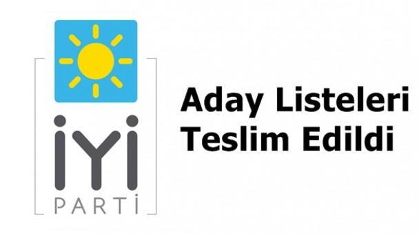 İYİ Parti Aday Listelerini İlçe Seçim Kuruluna Teslim Etti