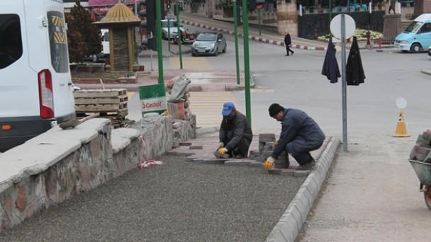 Başkan Şahin: Kış Şartlarına Rağmen Belediye Hizmetleri Devam Ediyor