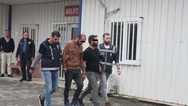 Tosya'da Yakalanan Uyuşturucu Zanlıları Tutuklandı