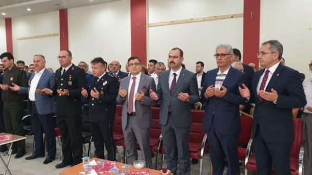 Yöneticiler Tosya Halkıyla Bayramlaştı