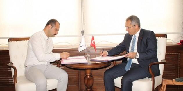 Tosya Kaymakamlığı ve Tosya Belediyesi arasında KÖYDES protokolü imzalandı