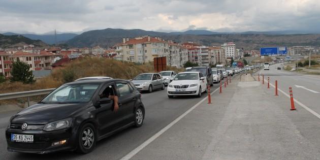Tosya Polisi D100 Karayolunda trafik tedbirlerini artırdı