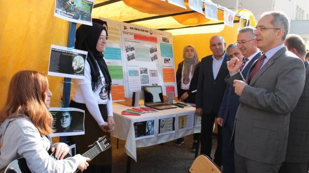 Tosya Fen Lisesinde Bilim Fuarı Düzenlendi