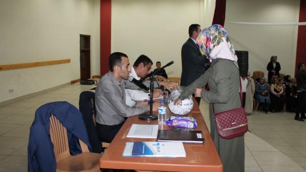 Tosya'da okullarda çalışacak 43 kişi için kuralar çekildi