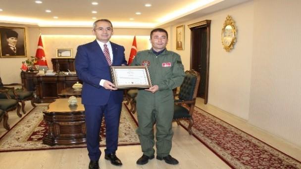 Türk Hava Kurumundan Kaymakam ve Belediye Başkanına teşekkür