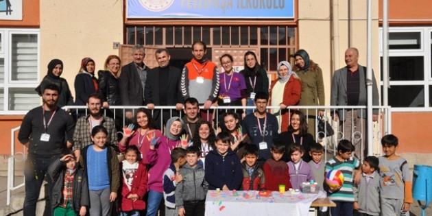 ODTÜ İletişim Kulübü Fevzipaşa İlkokulu'nda