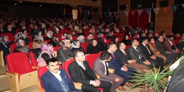 Ak Parti Tosya İlçe Başkanlığında; Genel Başkan Yardımcısının Katılımıyla Teşkilat Buluşması
